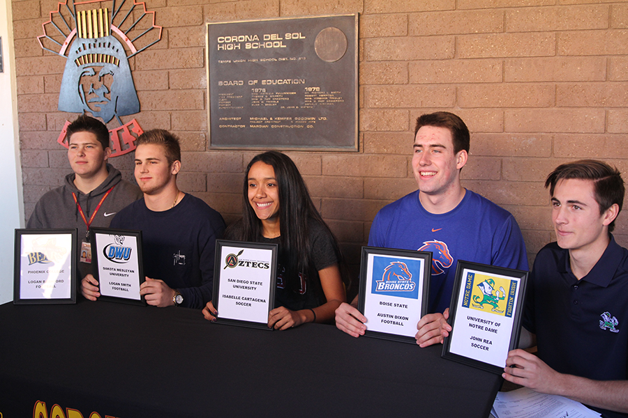 Five+Aztec+athletes+sign+National+Letters+of+Intent